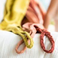 serviette de bain rose jaune teinture végétale écologique coton bio